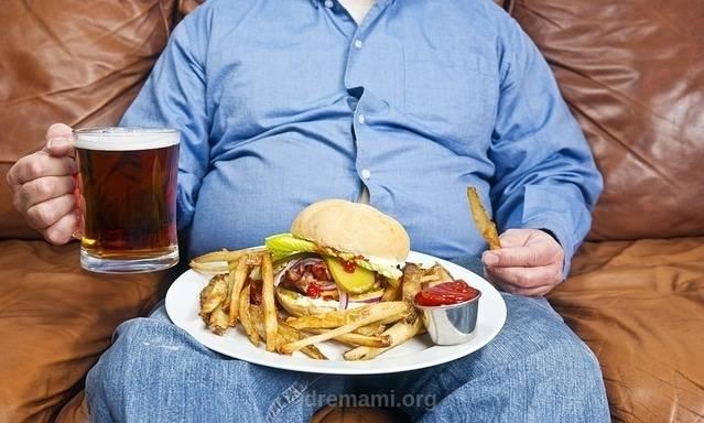 نوشیدن الکل باعث استپ وزن می شود.